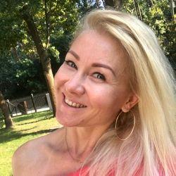 Sylwia - Le mani salon piękna