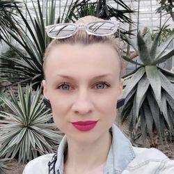 Julia - Salon Fryzjerski New Look