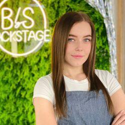 Karina - Backstage Beauty Studio