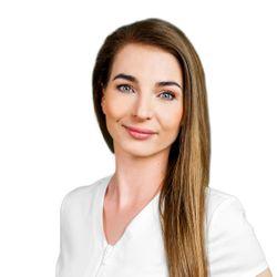 Dominika Van der Walt - Klinika Anti-Aging INVICTA