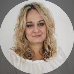 Renata Musiał - Hair & Beauty Corner