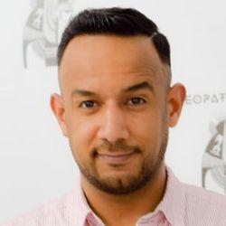 Mo - Cleopatra Studio Fryzjersko-Kosmetyczne & Hair Academy