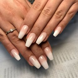 Wiktoria - CHIKA Beauty&Nails Atelier