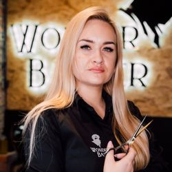 Karolina - Wonder Barber