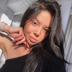 Katya - LA Beauty