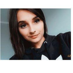 Natalia-stażystka - Akademia Fryzjerska