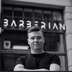 Oliwier Potępa - Barberian Academy & Barber Shop Emilii Plater 25 Warszawa