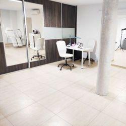 Salon kosmetyczny, Ul. Brązowa, 5, 53-442, Wrocław, Fabryczna