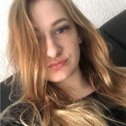 Natalia Grzelka - JoyHair&Beauty Clinic Świętokrzyska 38/1B
