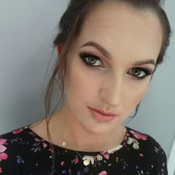 Karina Konsultantka - Izabela Dudek Wedding Dress Designer