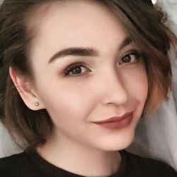 Daria Borsuk - Coco 33 Beauty Salon