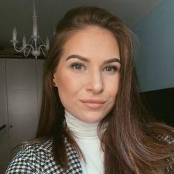 Karolina - Przyjaciółka Przyjaciółki Bielany