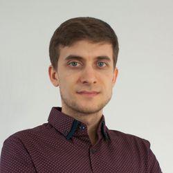 Maciej Zięba - HoliClinic - fizjoterapia, dietetyka, psychologia