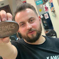 Kamil Bieniek - Hermes Barber 'Fryzjer Męski'