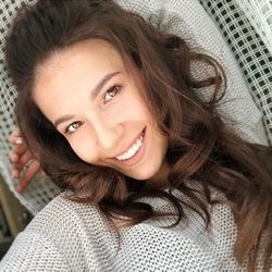 Iryna - Drasteee Beauty Bar