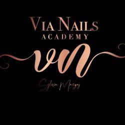 Via Nails Academy, ulica Starowiejska, 43-603, Jaworzno