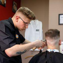 Dominik - New School Barbershop