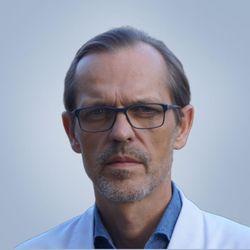 Dr Jarosław Tolwaj - Call of Beauty DAY SPA