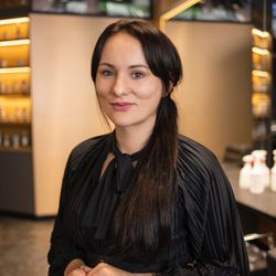 Sara J. - Salon Expert K&L CEDET