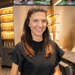 Aneta D. - Salon Expert K&L CEDET