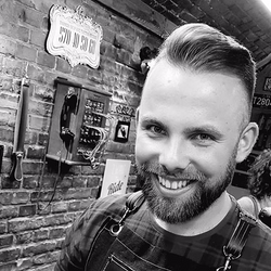 Damian - Babett 2 Barber Shop & Tattoo Studio