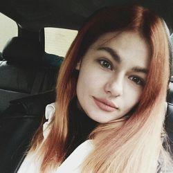 Oleksandra - Xnail Wola