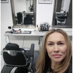 KAROLINA RYŚ - Ladies & Gentlemen - Fryzjerstwo & Barber Shop