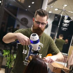 Adrian Ociepa - Hair Fashion Kemon Adrian Stach & Brodacz Barber Shop