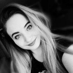 Oksana - Hello Beauty and Spa