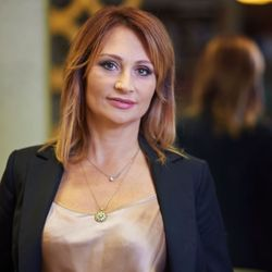 Aneta Romanyk - Salon Fryzjerski Salsa