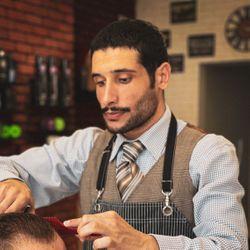 Anvar - Baku City Barbershop