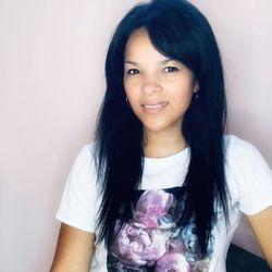 Ksenia - VLOK beauty BAR