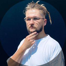 Feliks Szura - Barber Old Town Haircraft