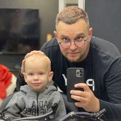Serhii Makhiboroda ! - Tip Top Barbershop (golibroda / fryzjer męski / strzyżenie męskie / strzyżenie brody) Barber