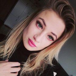 Oliwia Łepek - Mi Bella Salon Urody
