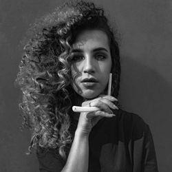 Anastazja - Dziewczyna z brzytwą / Płatność gotówką