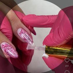 Stylistka paznokcie - Beauty Studio VERSAL by Yuliana Dobrytska