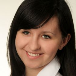 Alina Skrzypek-Salamon - Skin Clinic Dermatologia i Medycyna Estetyczna