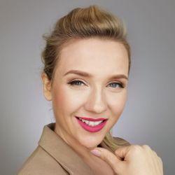 Anna - Anna Mazurek Beauty Designer