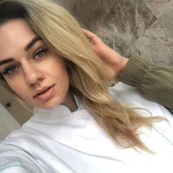 Elena - LuxLashes