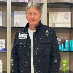 Hans Peter (HP) - Royal Haircare