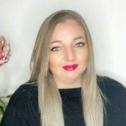 Ronica Barnard - Aventus