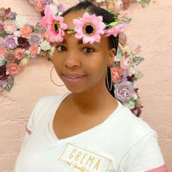 Khonie - CREMA Nail & Beauty Lounge